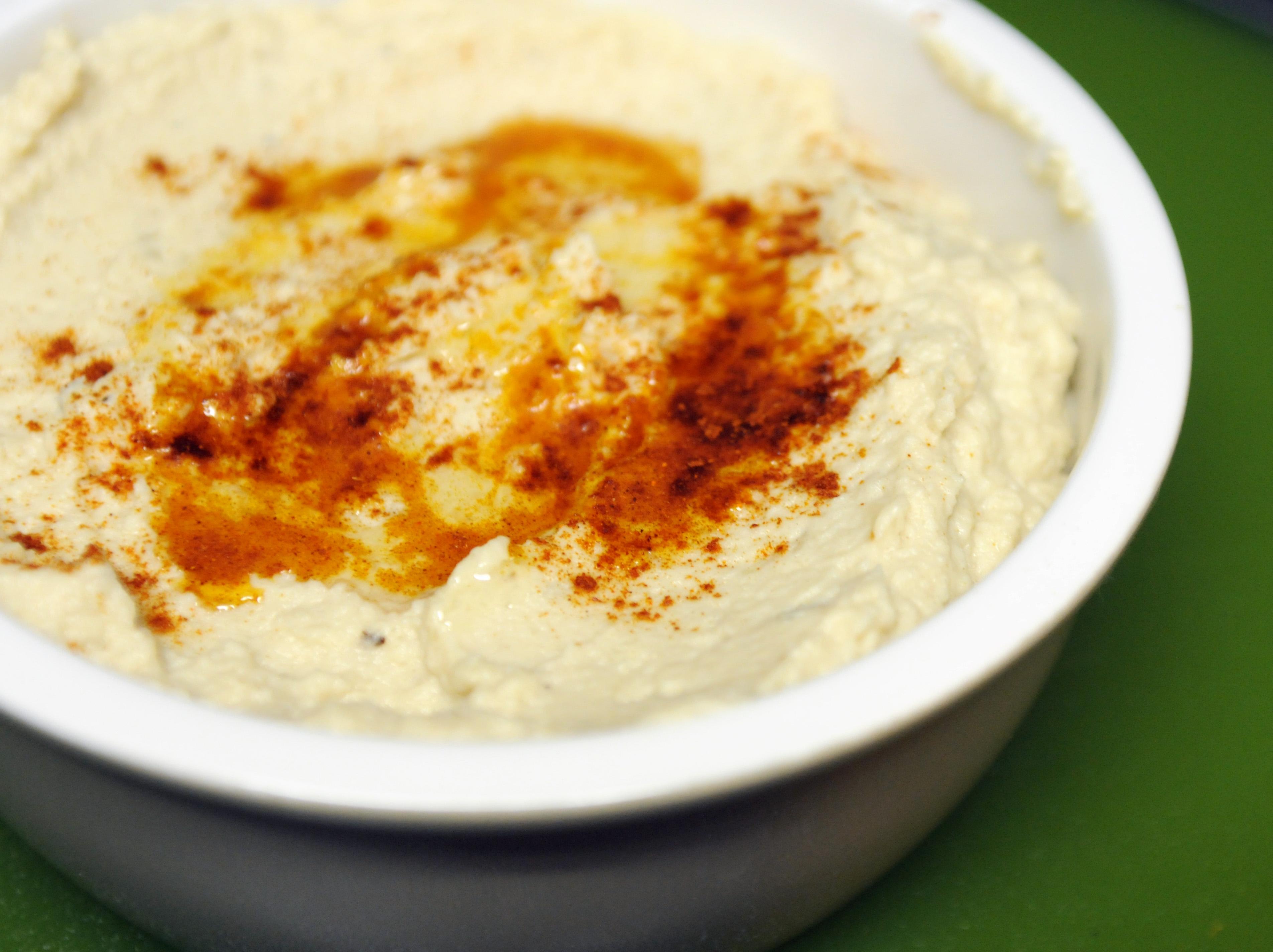 Roasted Garlic Cauliflower Hummus | Legume-Free, Gluten-Free, Paleo