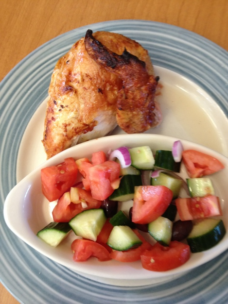 Whole30 Lunch: Chicken and Salad